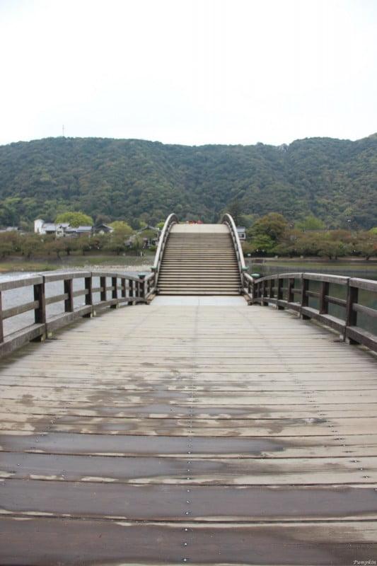 彎彎曲曲的錦帶橋