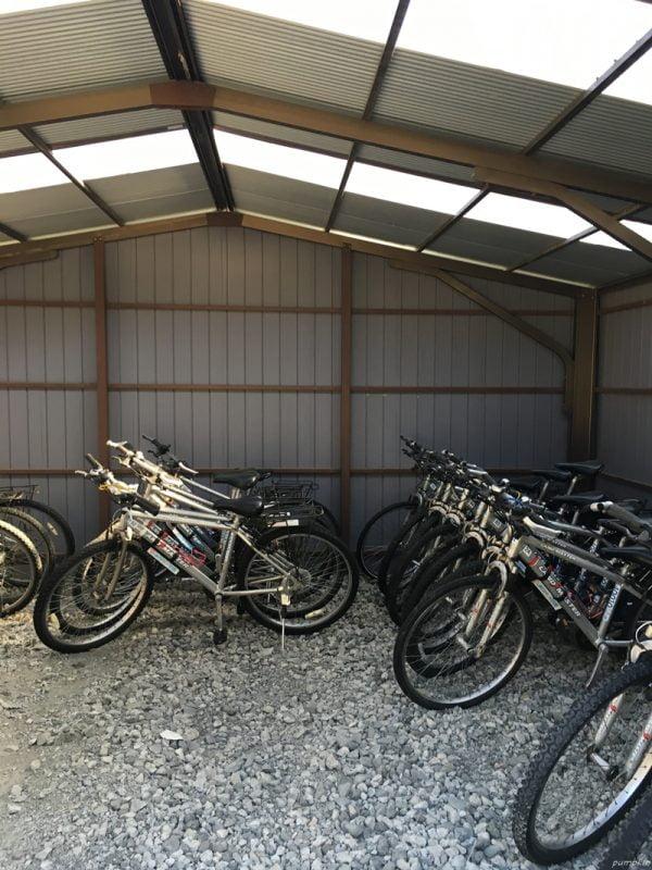 江川崎的單車停車處