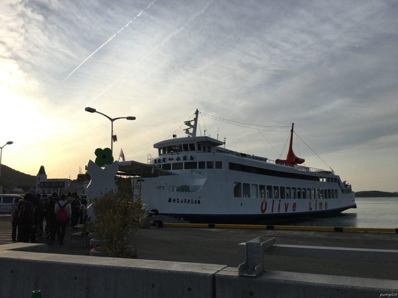 離開小豆島往高松的慢船