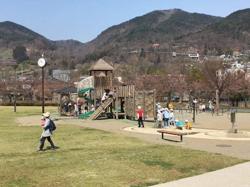 城山公園的兒童遊樂場