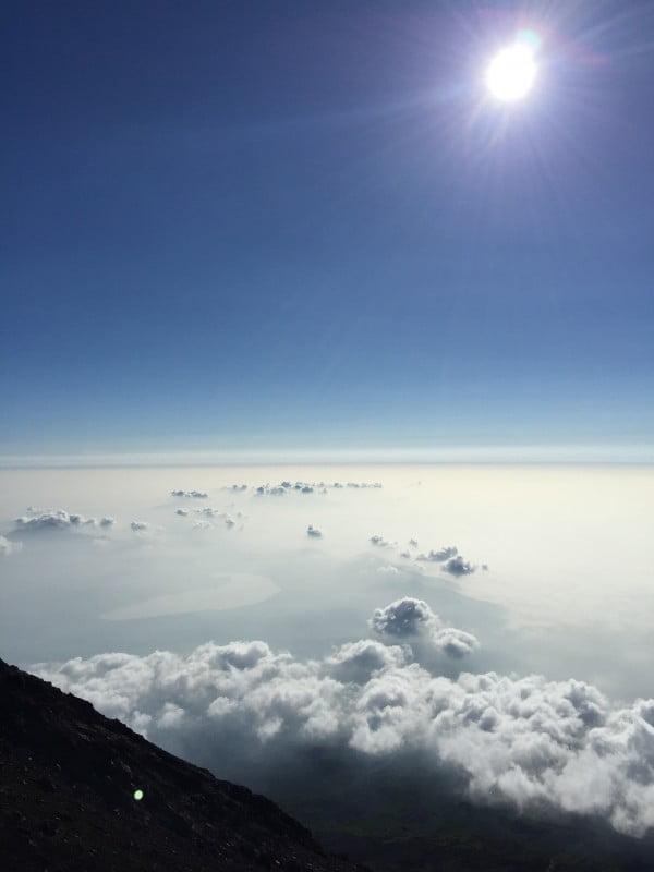 富士山山上雲海