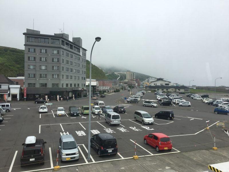 禮文島香深港的停車場